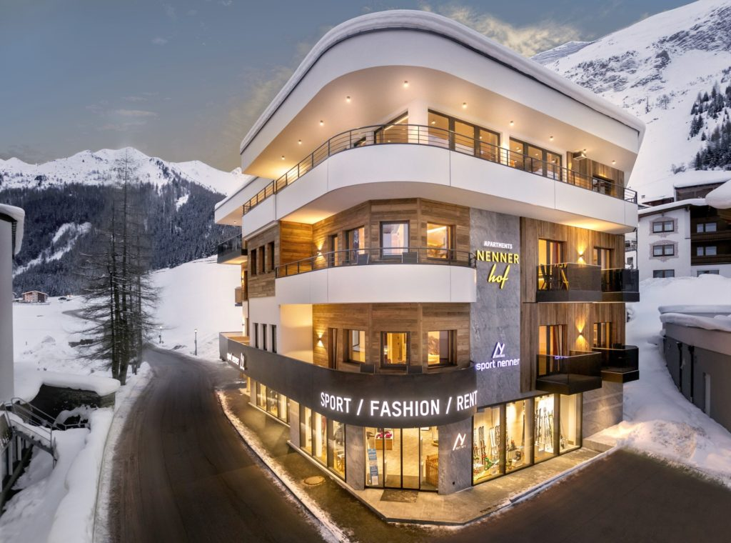 Flagship-Store: Sport Nenner FASHION